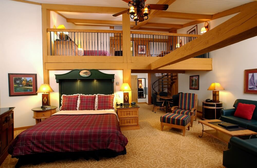 Luxury Lodge Middle Loft Suite Lake Lawn Resort